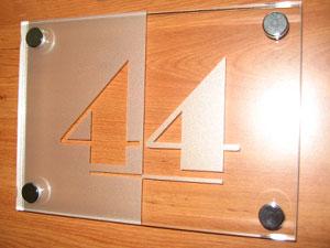 A vos plaques plaques professionnelles de rue plaque medecin notable infirmier design plexi - Numero de maison design ...